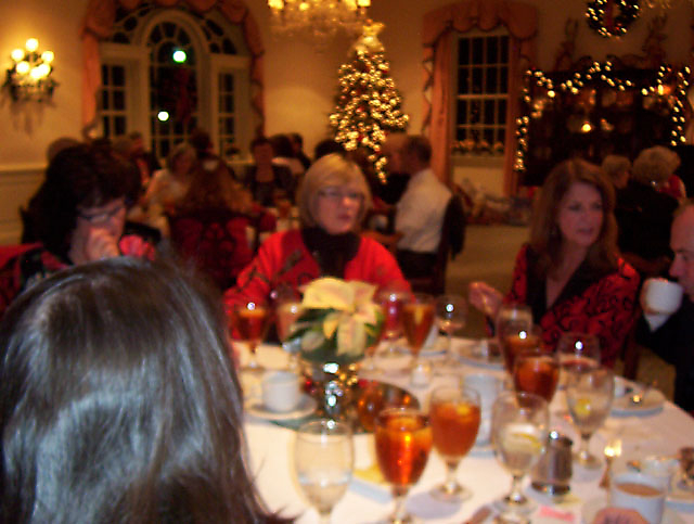 2011 Christmas Party_12